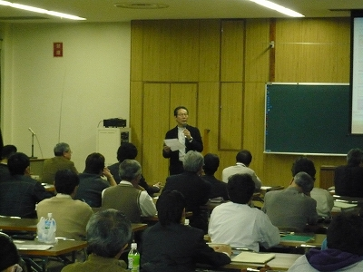 山辺先生講演2.jpg